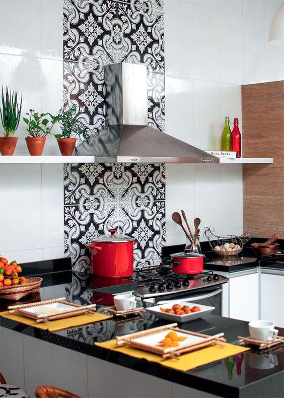 Adesivo-para-Azulejo-na-cozinha-preto-e-branco